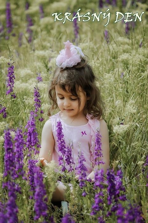 child-5559932_960_720.jpg
