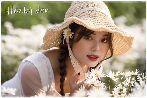 woman-6059236_960_720.jpg
